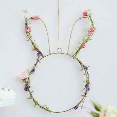 Spring Décor and Easter Accessories