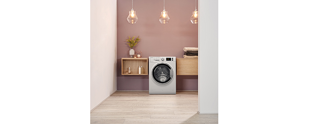 Hotpoint ActiveCare NM11 1045 WC A UK washing machine lifestyle RC
