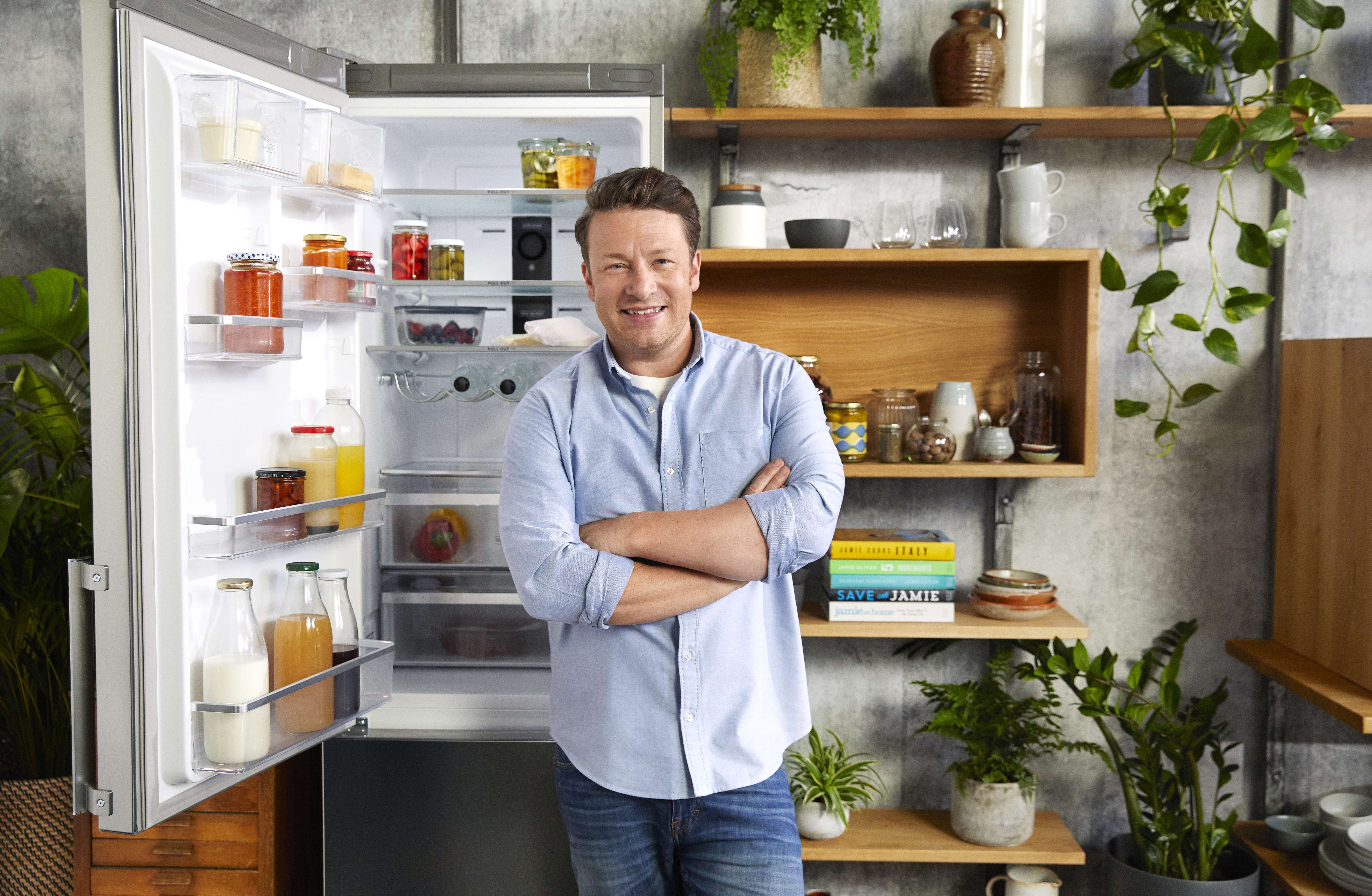 Jamie Oliver and Hotpoint inspire the nation to tackle food waste with the 'Eat Your Fridge' challenge