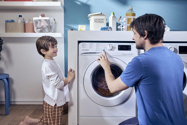 Indesit #DoItTogether campaign - washing machine