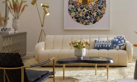 Stylish Hallways and Trendy Textiles