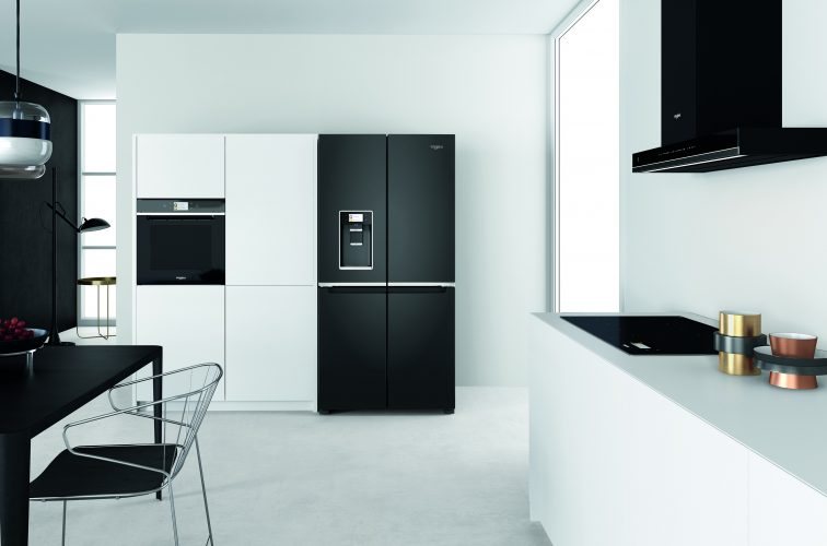 Whirlpool W Collection 4 Doors fridge freezer WQ9I FO1BX UK - lifestyle - hi