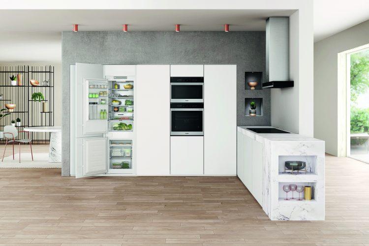 Whirlpool W Collection built-in fridge freezer WHC18 T332 P UK - lifestyle - hi